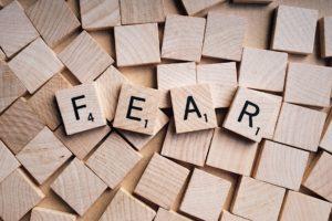 strah na drvenim puzlama